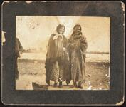 Two unidentified Pawnee girls