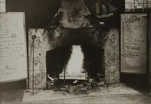 Photograph of the decorative fireplace in Bull Head Lodge