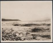 Waves off Lake